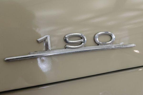Mercedes-Benz 190 C