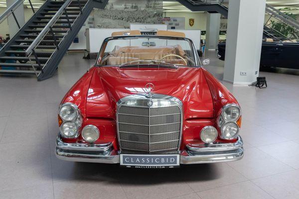 Mercedes-Benz 220 SEb Cabrio