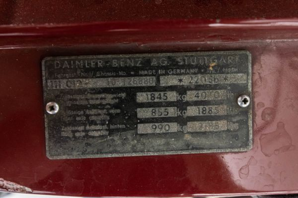 Mercedes-Benz 220 Sb
