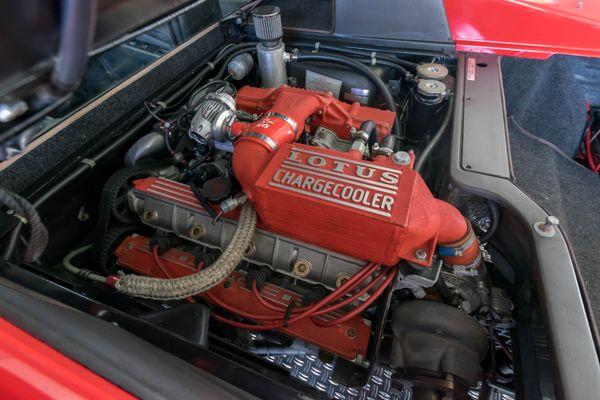 Lotus Esprit SE