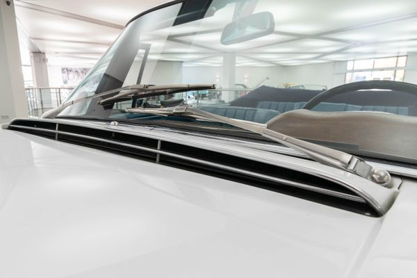 Mercedes-Benz 220 SE Cabrio