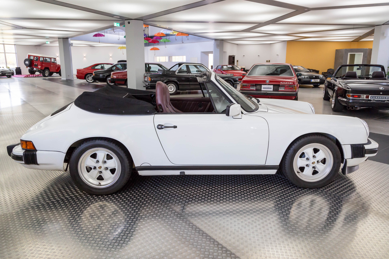 porsche 911 carrera 3 2 cabrio classicbid. Black Bedroom Furniture Sets. Home Design Ideas