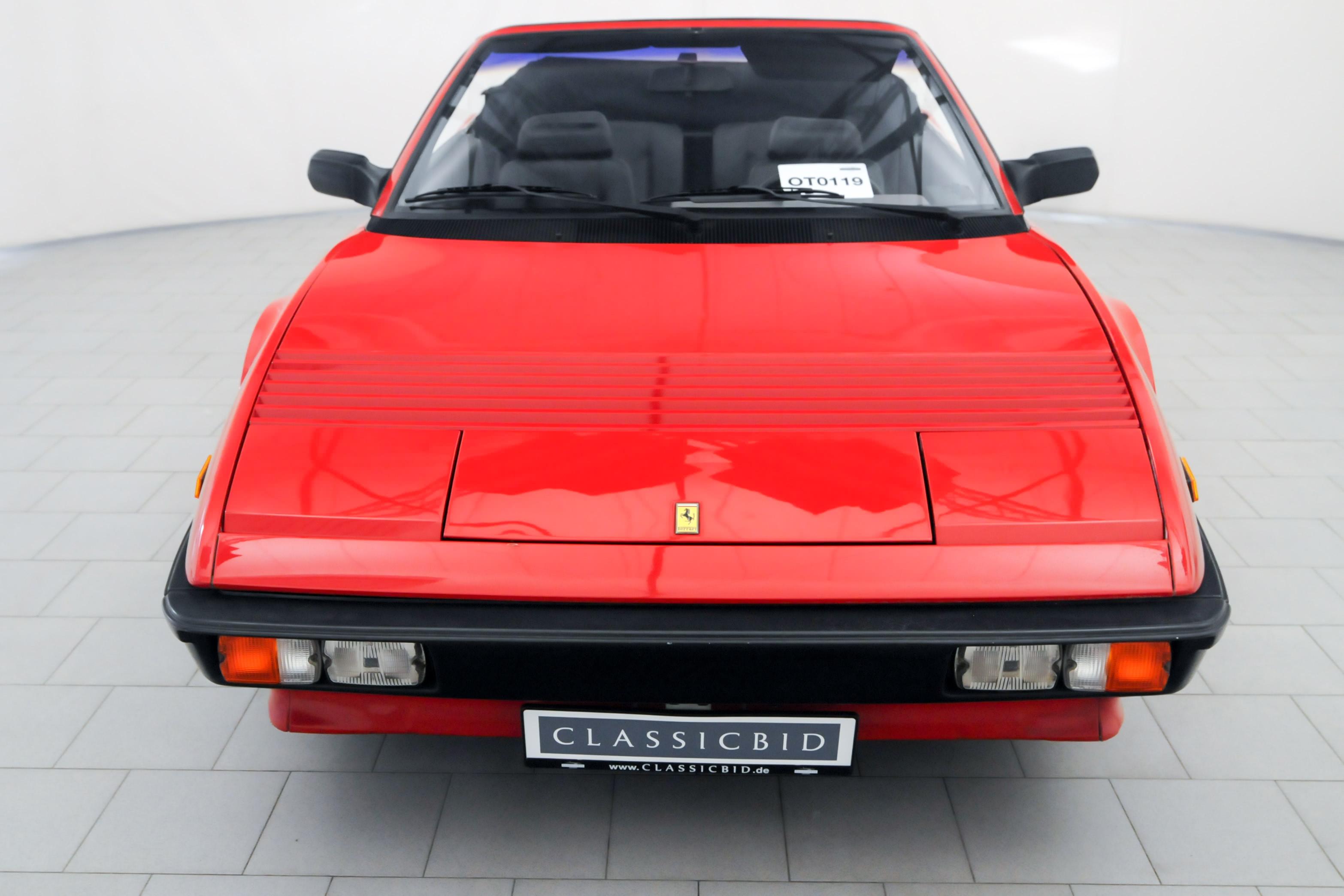 OT0119_05 Gorgeous Ferrari Mondial 3.2 Cabriolet V8 Quattrovalvole Cars Trend