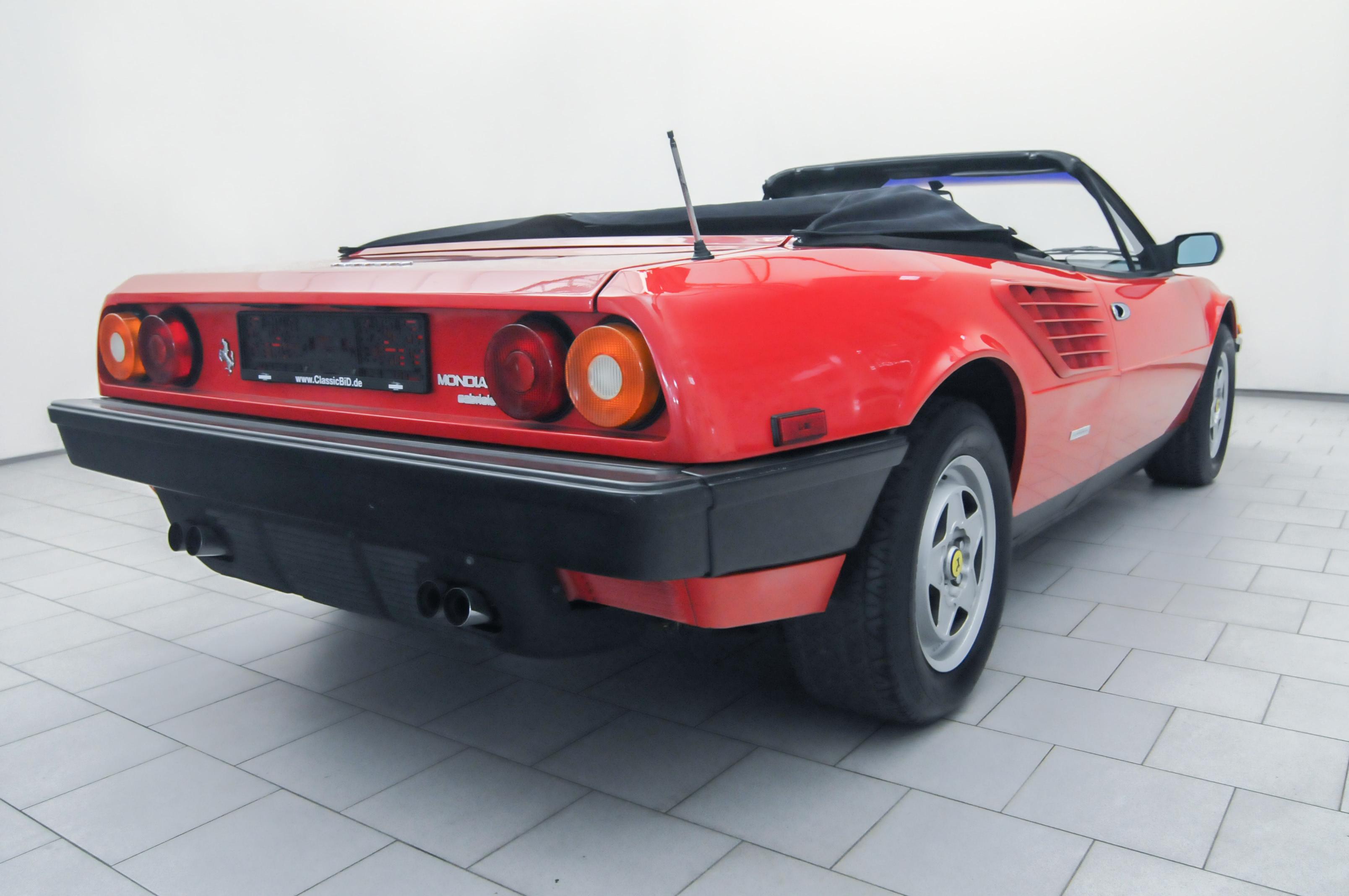 OT0119_08 Gorgeous Ferrari Mondial 3.2 Cabriolet V8 Quattrovalvole Cars Trend