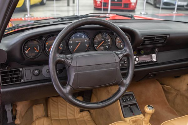 Porsche 911 Carrera 2 Targa (964)