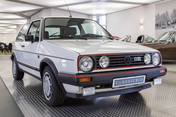 volkswagen golf ii gti classicbid. Black Bedroom Furniture Sets. Home Design Ideas