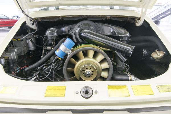 Porsche 911 E Targa Sportomatic