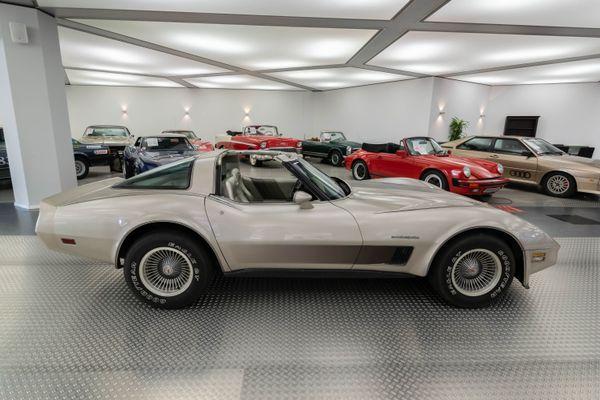 Chevrolet Corvette (C3) Collectors Edition