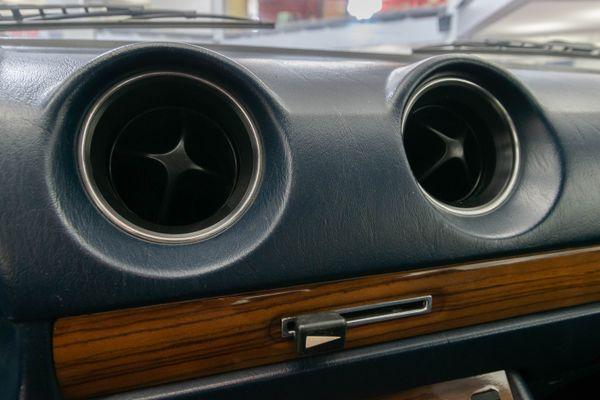 Mercedes-Benz 280 CE