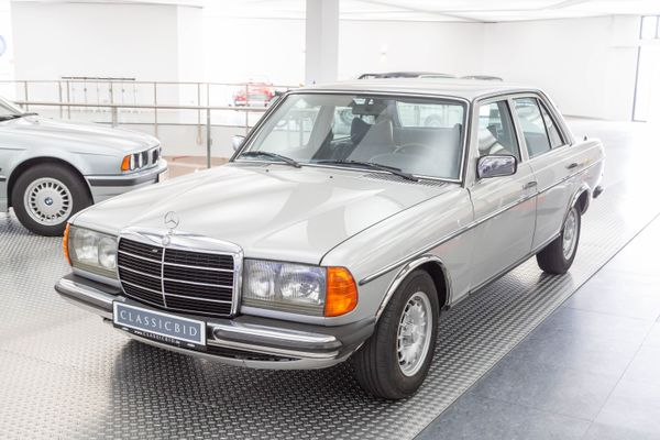 Mercedes-Benz 280 S (123)