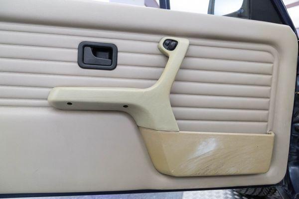 BMW 325i Cabrio (E30)