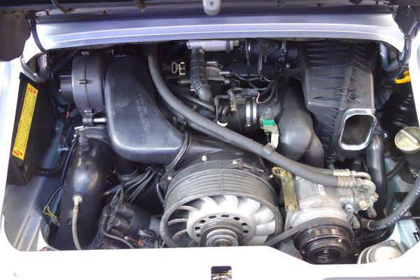 Porsche 911 C2 Cabrio (993)