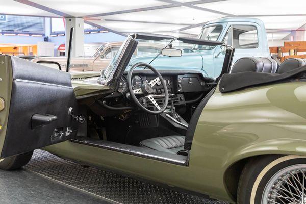 Jaguar E-Type Series 3 V12 Roadster