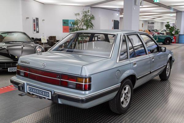 Opel Senator A 2.2 i