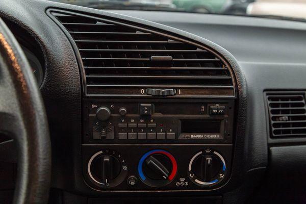 BMW 316i (E36)