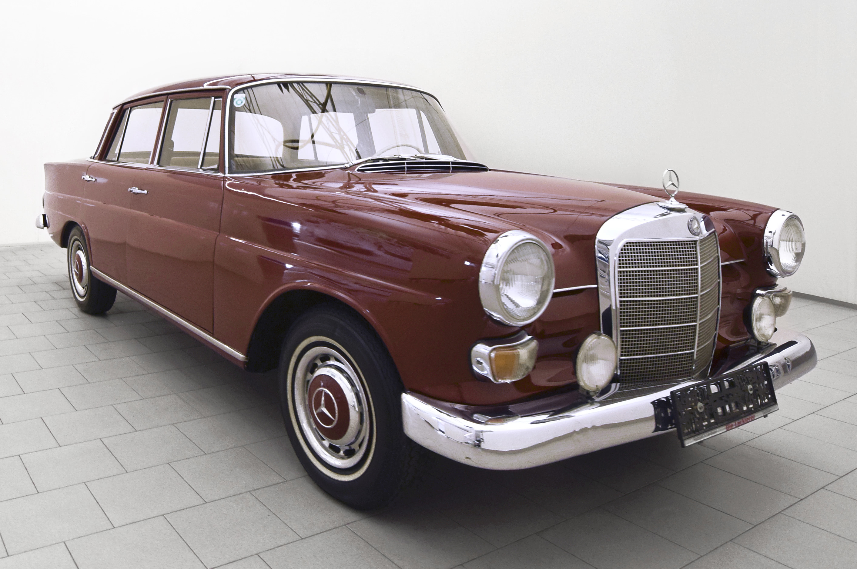mercedes benz 200 d heckflosse w112 classicbid. Black Bedroom Furniture Sets. Home Design Ideas