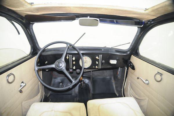 Peugeot 202 Berline Luxe