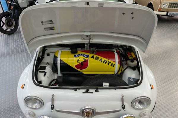 Fiat 500 Abarth 695 SS-Optik