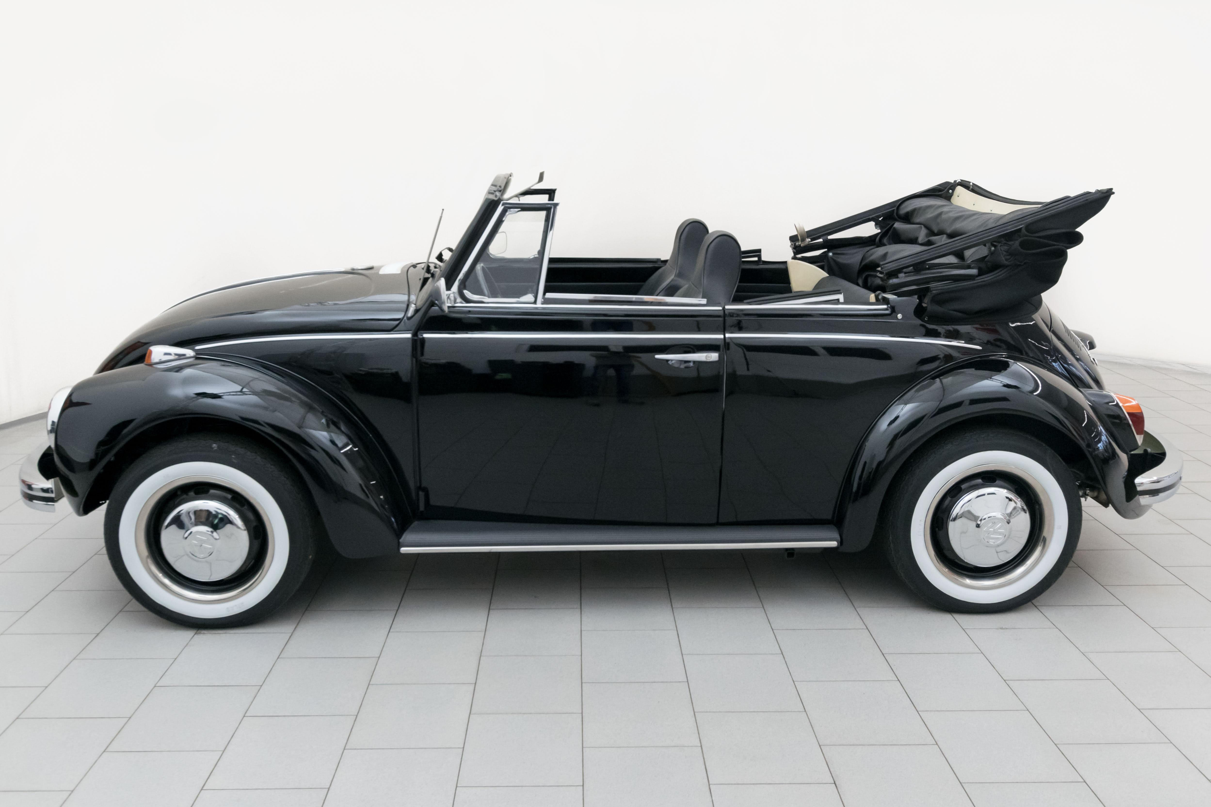 volkswagen k fer 1302 cabrio classicbid. Black Bedroom Furniture Sets. Home Design Ideas