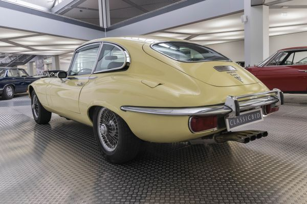 Jaguar E-Type Series III V12