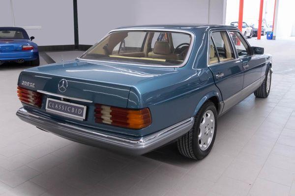 Mercedes-Benz 380 SE