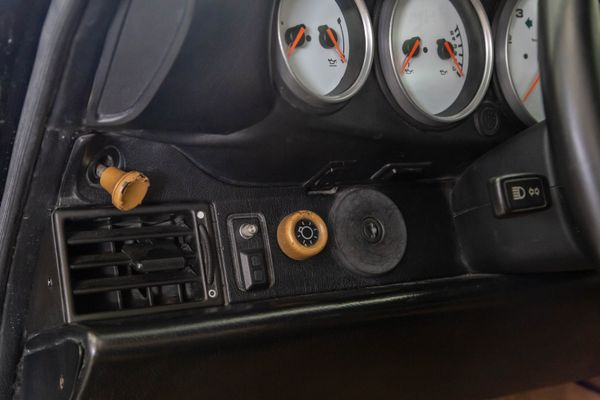 Porsche 911 Carrera 4 (964)