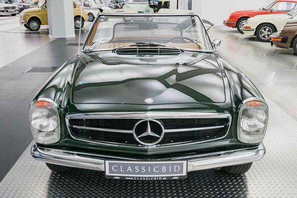 "Mercedes-Benz 250 SL ""Pagode"""