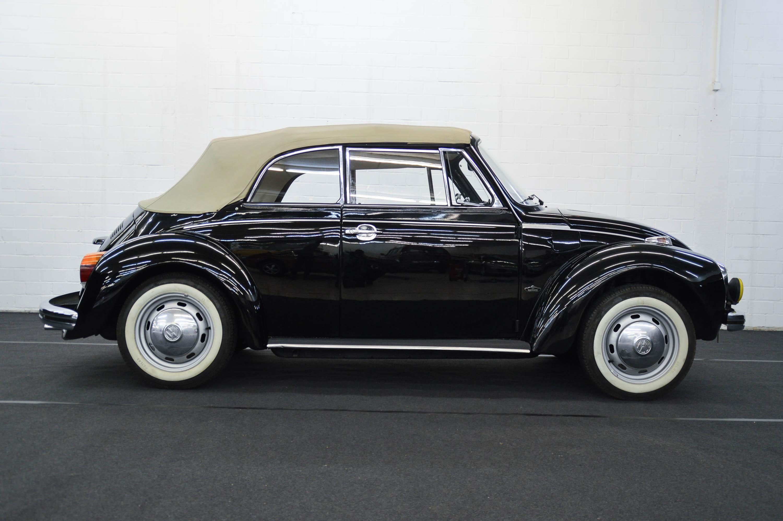 volkswagen k fer 1303 cabrio classicbid. Black Bedroom Furniture Sets. Home Design Ideas