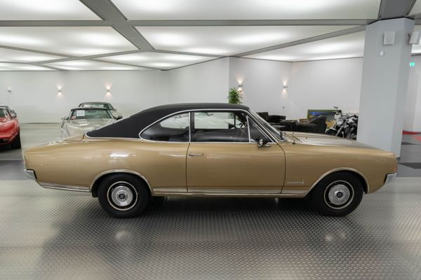 Opel Commodore A Coupé