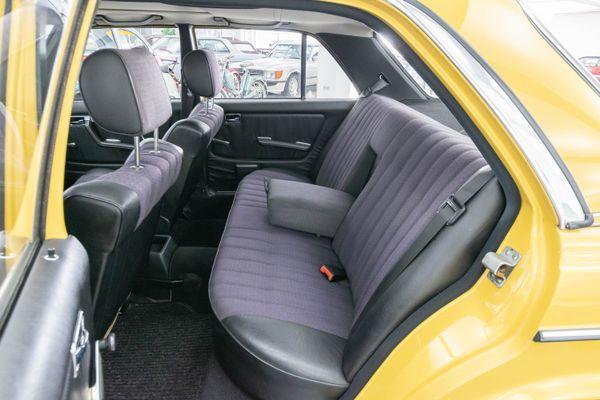 Mercedes-Benz 230 E (W123)