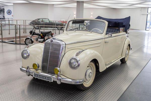 Mercedes-Benz 220 B (W187)