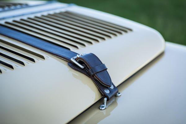 Land Rover Bell Aurens Longnose V8