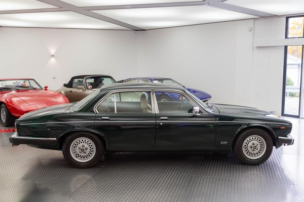 Jaguar XJ 12 Sovereign 5.3