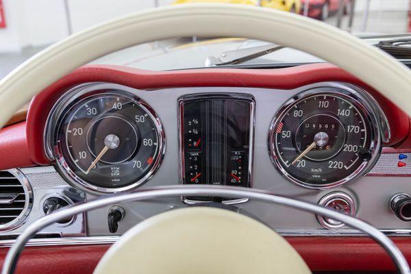 Mercedes-Benz 280 SL Pagode California