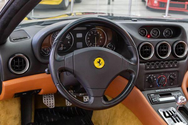 Ferrari F550 Maranello