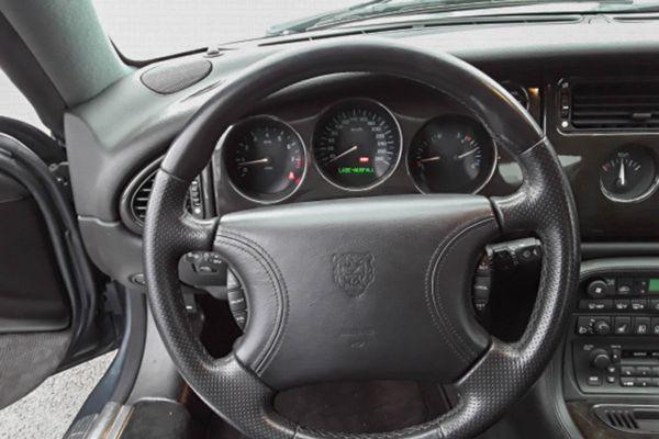 Jaguar XK 8 Coupe