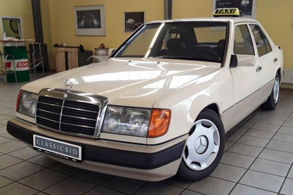 Mercedes-Benz 200 E (W124)